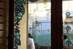 nana展会場キトハルトのレストルームの鏡、お店の扉